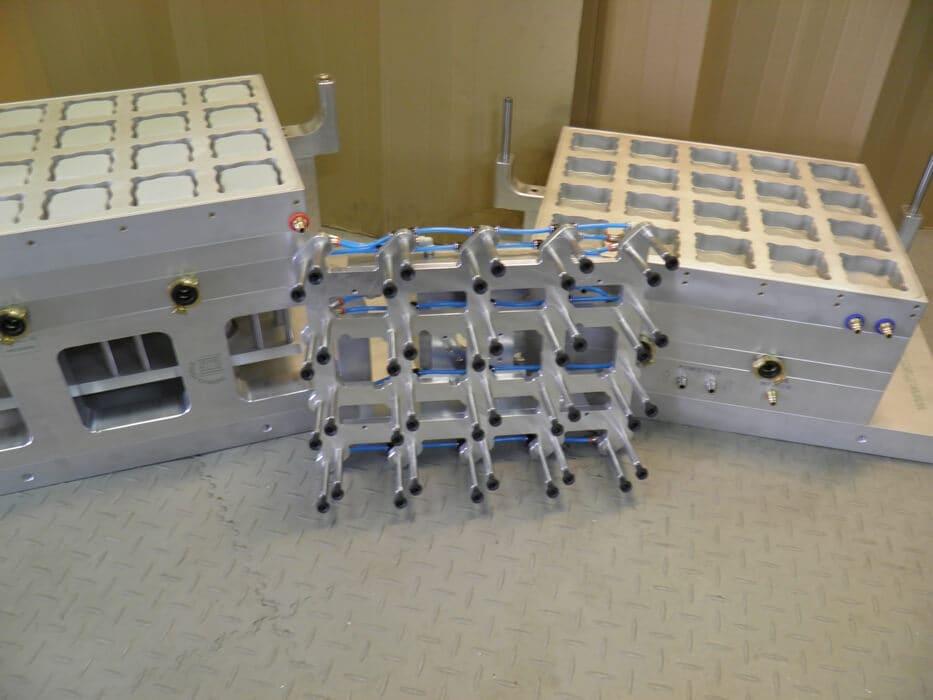 Kiefel-KMD78-firma-z-robotem