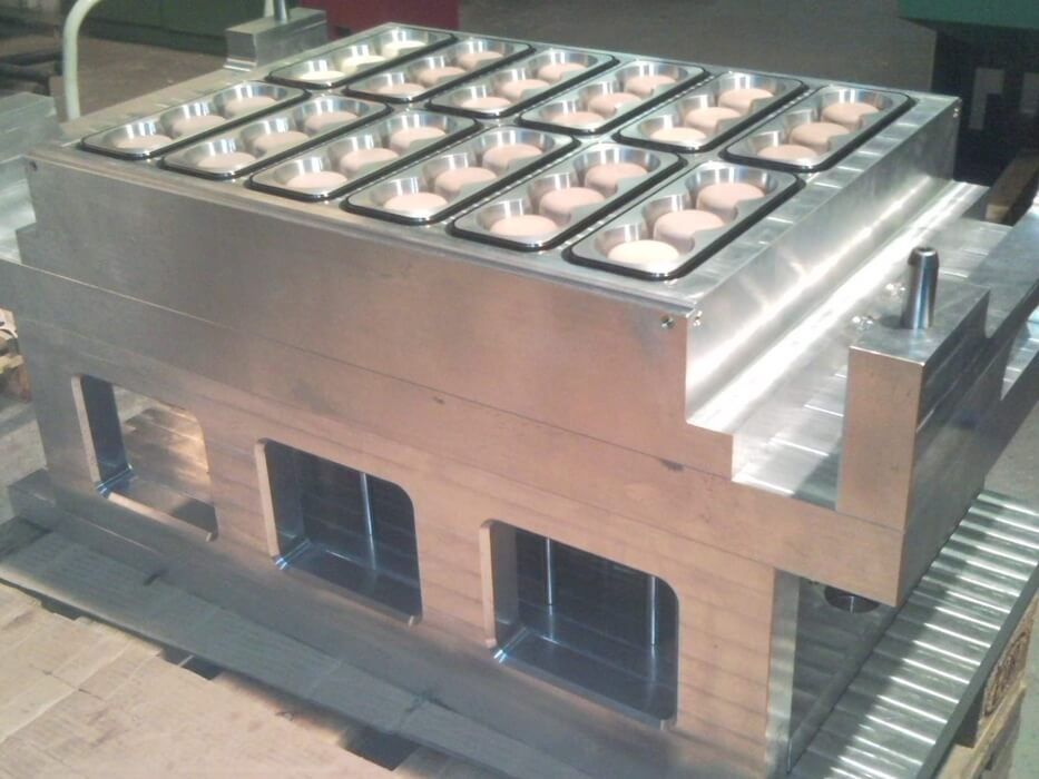 Thermoforming-molds-ILLIG-RDK